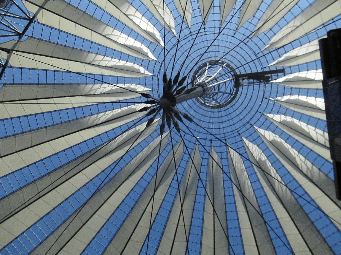 Berlin - Sony Center 2016