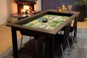 Hüne-Tisch